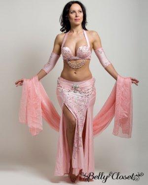 画像1: 【Eman Zaki】オーダーメイド 上品ピンクに色とりどりのコットンパールが絶妙マッチ